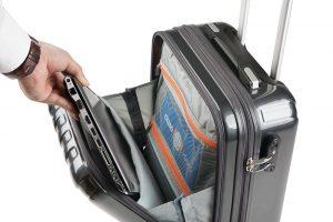 Compartimento Frontal Abatible de la maleta de cabina Sulema tipo Trolley