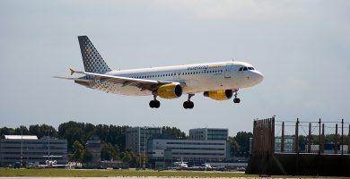 Avión de la Compañía Aérea LowCost Vueling Airlines