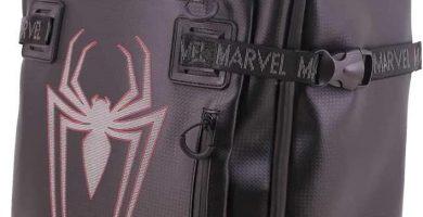 KARACTERMANIA Marvel Spiderman. Maleta Blanda apta para viajar en cabina de avión 55x36x20 cm. Material laminado, cremalleras termoselladas y 2 ruedas.